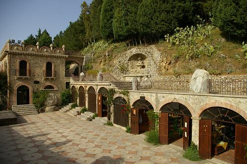 ParcoMuseo Jalari Sicily piazza aromi e sapori1 (1)