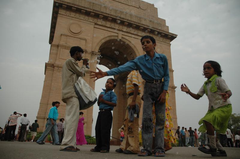 bubbles piper, INDIA Gate, Delhi
