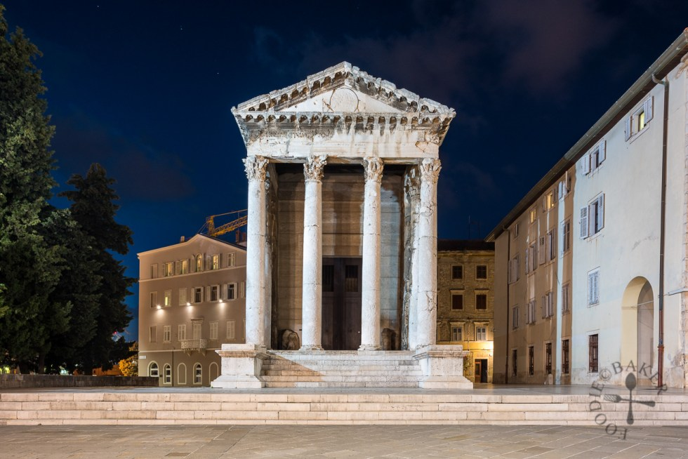 Temple of Augustus, Pula