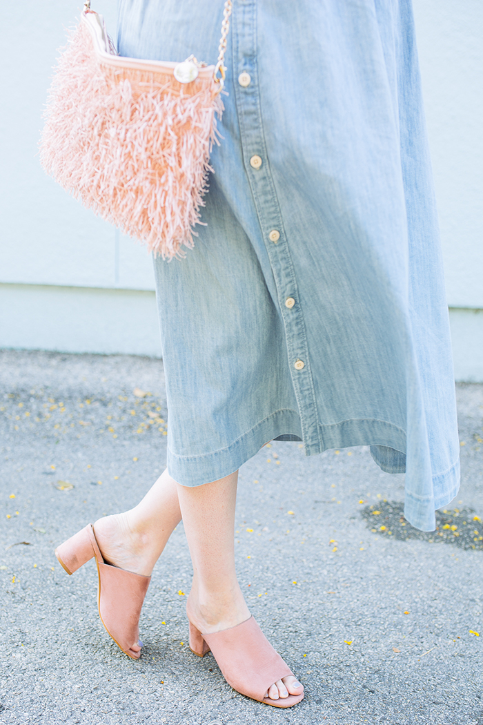 austin style blogger writes like a girl chambray madewell midi skirt17