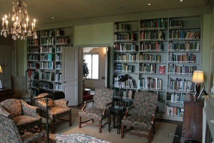 Library in living room from Flickr via Wylio