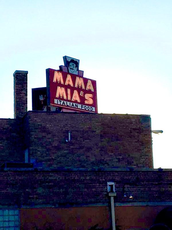 Mama Mias!