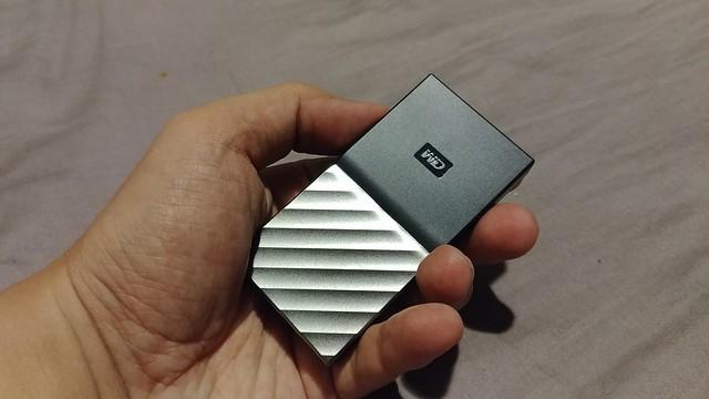 WD My Passport SSD ขนาดเล็กมากเลยทีเดียว