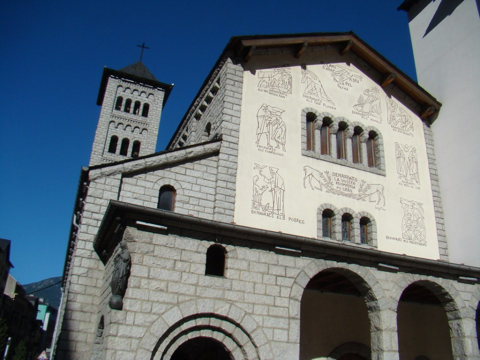 Andorra Iglesia San Pedro Martir Escaldes Engordany 05