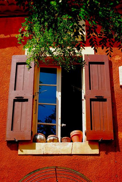 La fenêtre provençale 10 (Roussillon)