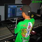 Follow Me On Twitter @Jarok100 Or http://www.twitter.com/jarok100 !!!
