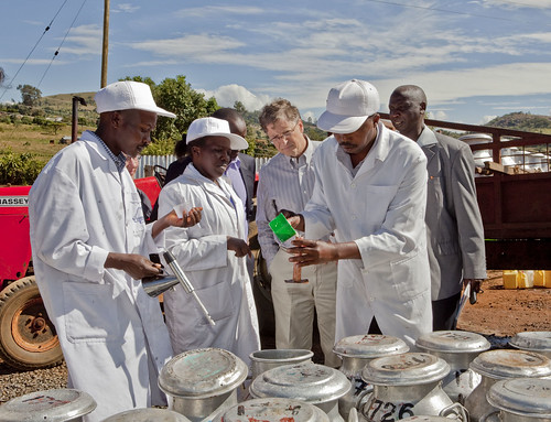 Bill Gates Visits EADD Project