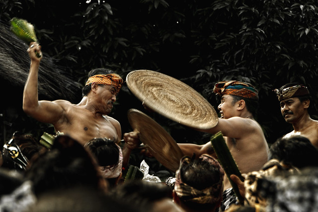 Tato Dayak di Kalimantan   GHEOVANCHOFF