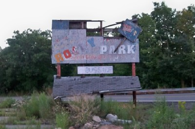 Rocky Glen Park Sign