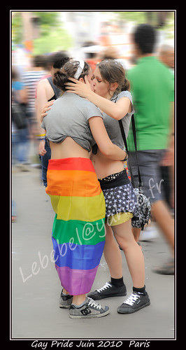 2010Paris-Gay-Pride-1156w