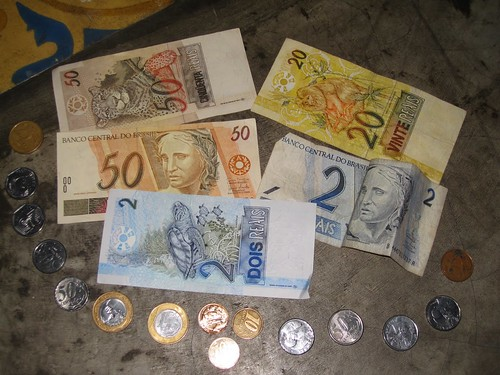 How Much to Tip While Studying Abroad? A User's Guide | Abroad101 Blog