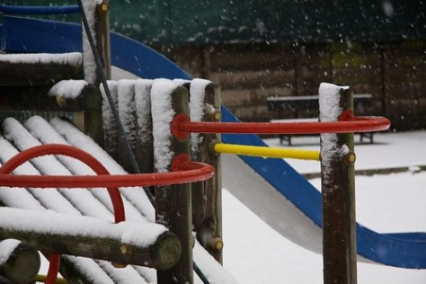 Climbing Frame in Colliers Wood snow
