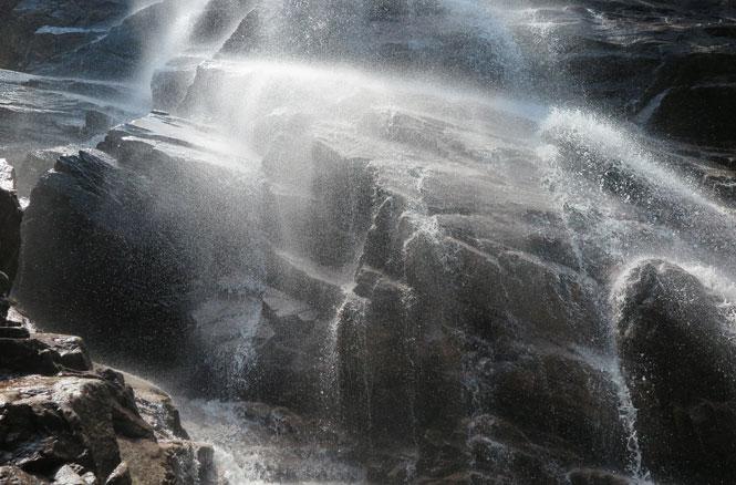 Arethusa Falls Bottom