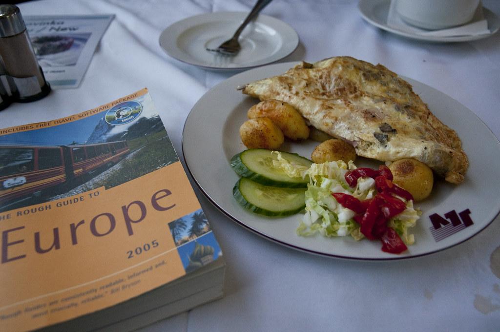 Omelette onboard EC 77