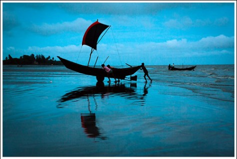 Return of the warriors [..Kuakata, Bangladesh..]