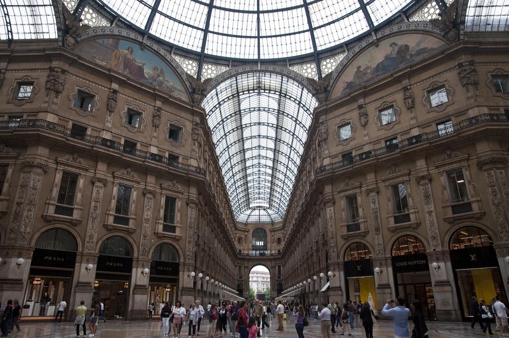 Inside Galleria Vittorio Emanuele II