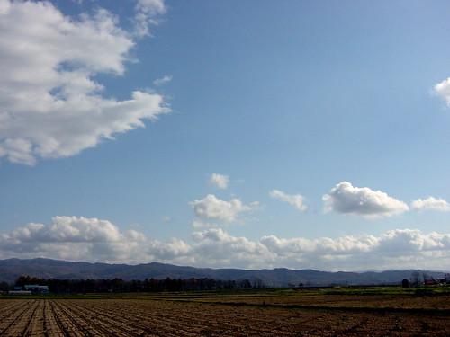 雲は流れる