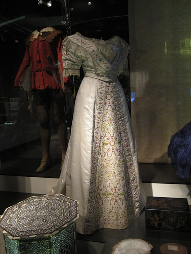 Museum of London: 1911 Dress