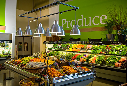 Supermarket Interior Decor | Produce Area | Hanging Trellis | Greenfresh Market
