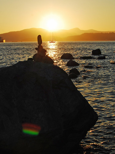 07 16 10 sunset n rocks