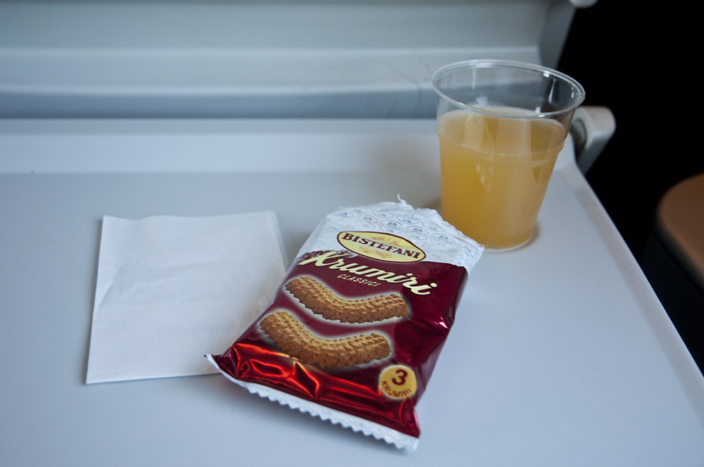 Snacks and Fruit Punch onboard Eurostar Italia