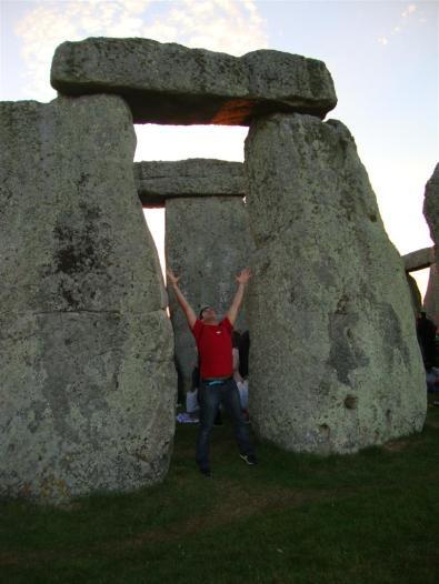 Bajo los monolitos Stonehenge Stonehenge, el mágico día del Solsticio 5065764372 0340ddb551 o