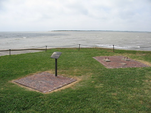 Ft Sumter 3 May 2010 256