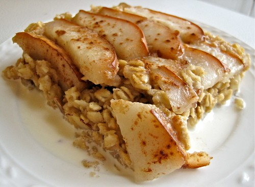 Amaretto-Pear Baked Oatmeal 2