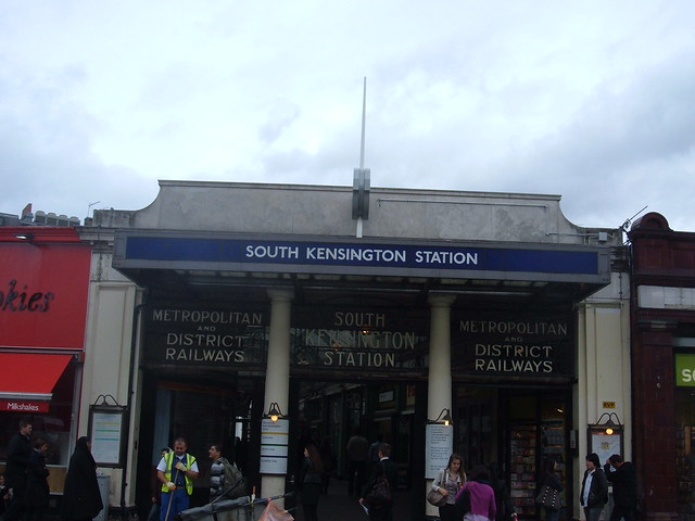 South Kensigton Station