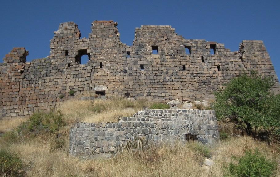 Castillo o Fortificacion de Amberd-Armenia 03