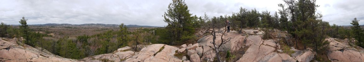 Windy lookout point on Granite Ridge trail in Killarney Provincial Park