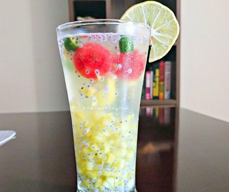 Kulukki Sarbat (Pineapple Limeade)