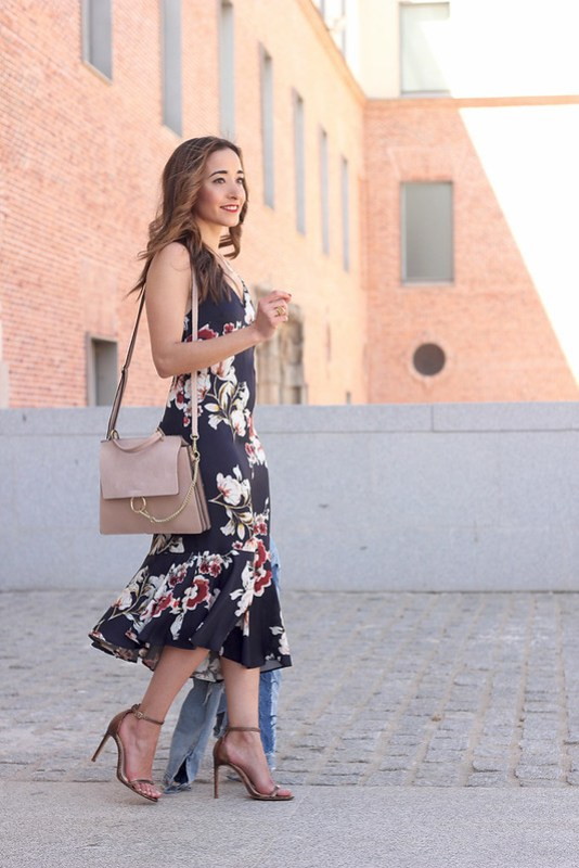 Floral dress denim jacket heels spring outfit style fashion03