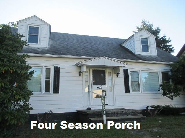 Four Season Porch 1