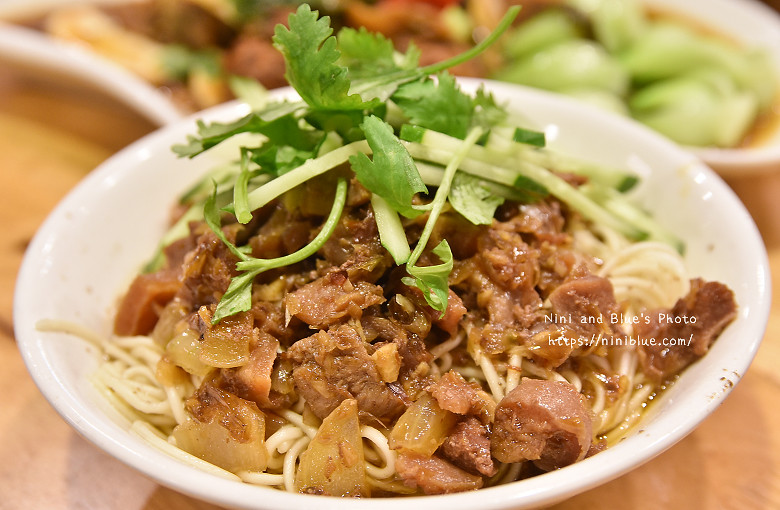 台中溫體牛涮涮鍋牛肉燥飯23