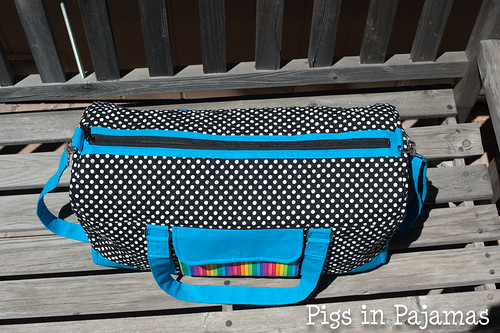 Weekend Duffle, pattern by Betz White