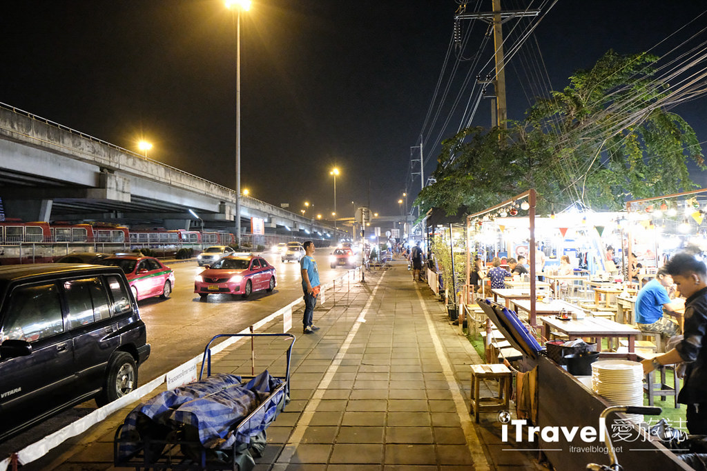 曼谷理杜安夜市 Liab Duan Night Market (4)