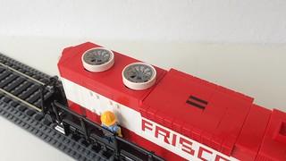 GP38-2 - radiators