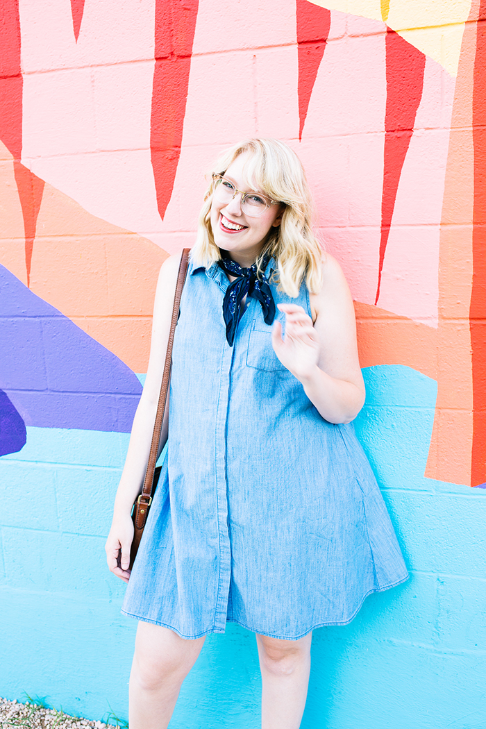 austin fashion blogger writes like a girl old navy denim dress7