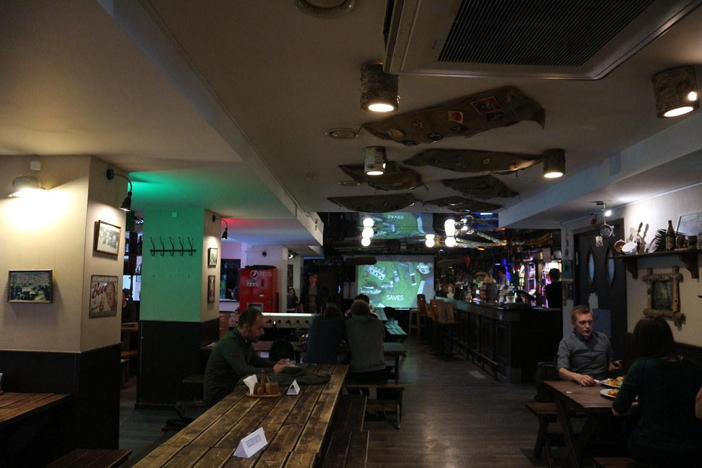 Dónde beber y gastronomía en Vilnius (Lituania) - Cervecería Snekutis.