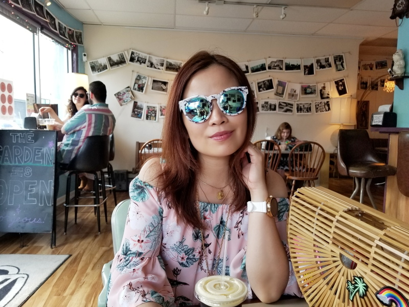 zekes-beans-bowls-coffee-shop-sunglasses-26