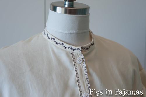 Truly Vicorian 441 - 1861 Garibaldi Blouse collar detail