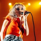 Paramore - Lucy Foster-8219