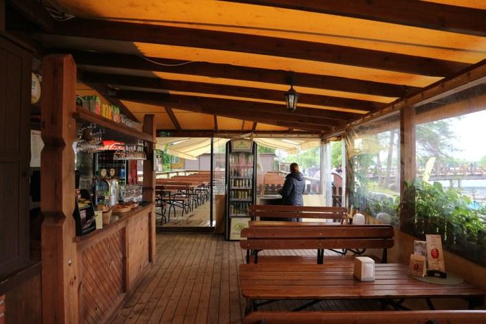 Dónde beber y gastronomía en Trakai (Lituania) - Restaurante lituano Senoji Kibininė.