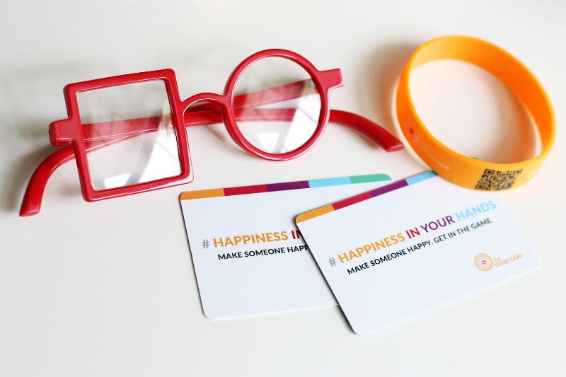 dreamer-glasses-the-good-cards-2