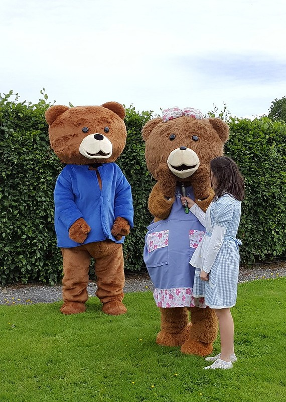 Papa Bear and Baby Bear