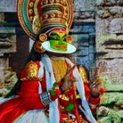 India - Kerala - Fort Cochin - Kathakali Dancer - 102