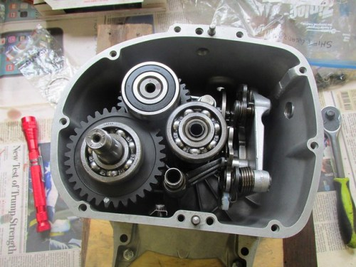Shafts and Cam Plate Mechanism Installed