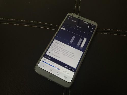 แอป Fitbit เก็บข้อมูลการหลับของเราแสดงผลออกมาเป็นกราฟ