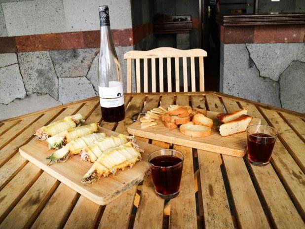 Degustación de productos locales tras visitar El Julan